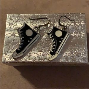 🌸 Black and White Converse Style Shoe Earrings L4